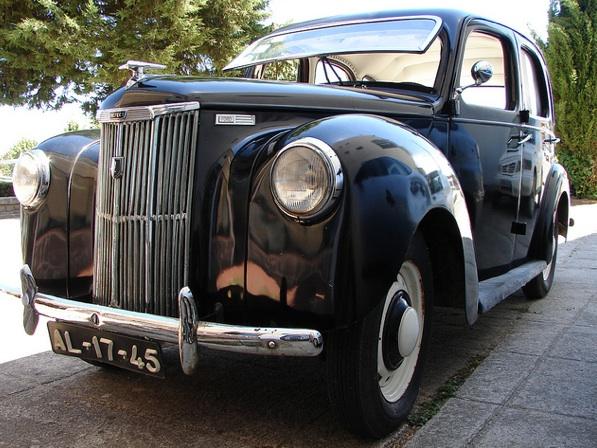 carro bem conservado