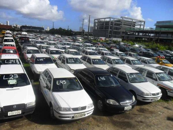 comprar-carro-em-leilao-pode-ser-um-bom-negocio