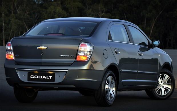 sedan grande cobalt