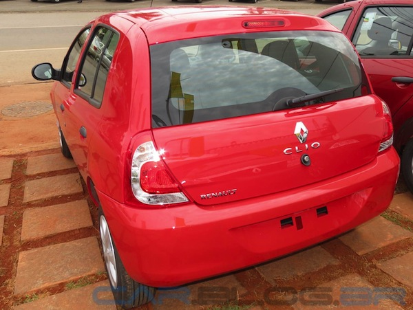 New-Clio-2013-vermelho-semi-novo-barato