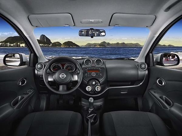 Nissan-Versa-2013-painel-carro-bom-custo