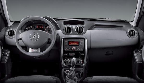 Renault Duster Dynamique 1.6 16V - interior