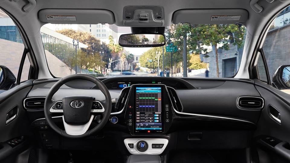 Prius consumo: interior moderno.