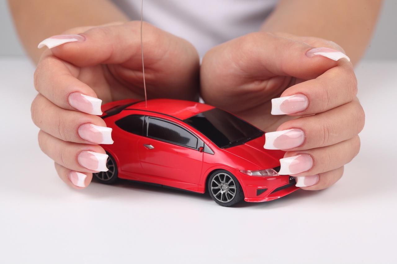 Seguro para carros: mulheres pagam mais barato