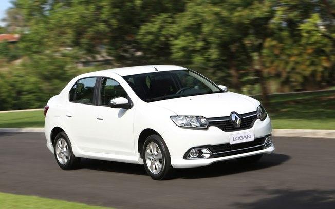 Renault Logan 1.0 ideal para uso na cidade e pequenas viagens