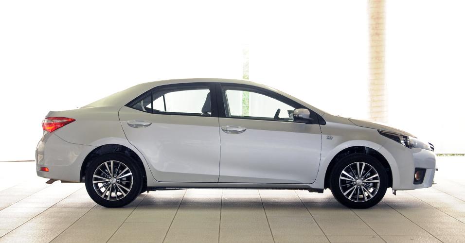 Corolla 2015 com mecânica robusta