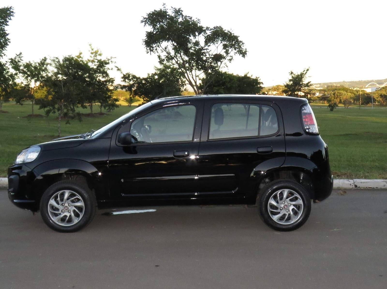 Fiat Uno: lateral sem modificações