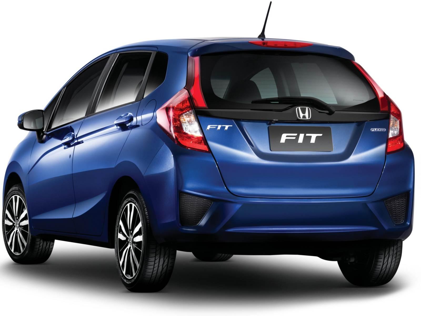Honda Fit 2015 com desenho para atrair consumidores mais jovens