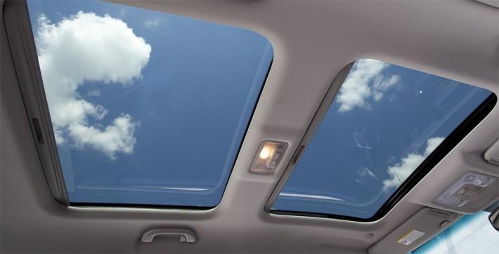 Carros com teto solar barato: elegantes